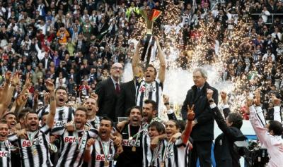 Juventus,Napoli,Streaming,Finale Coppa Italia,calcio,maglia celebrativa del piero,conte,