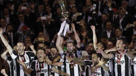 Juventus record: Tre coppe Italia consecutive. Nessuna come lei